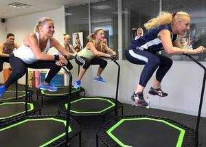 Тренировки на батуте для похудения.